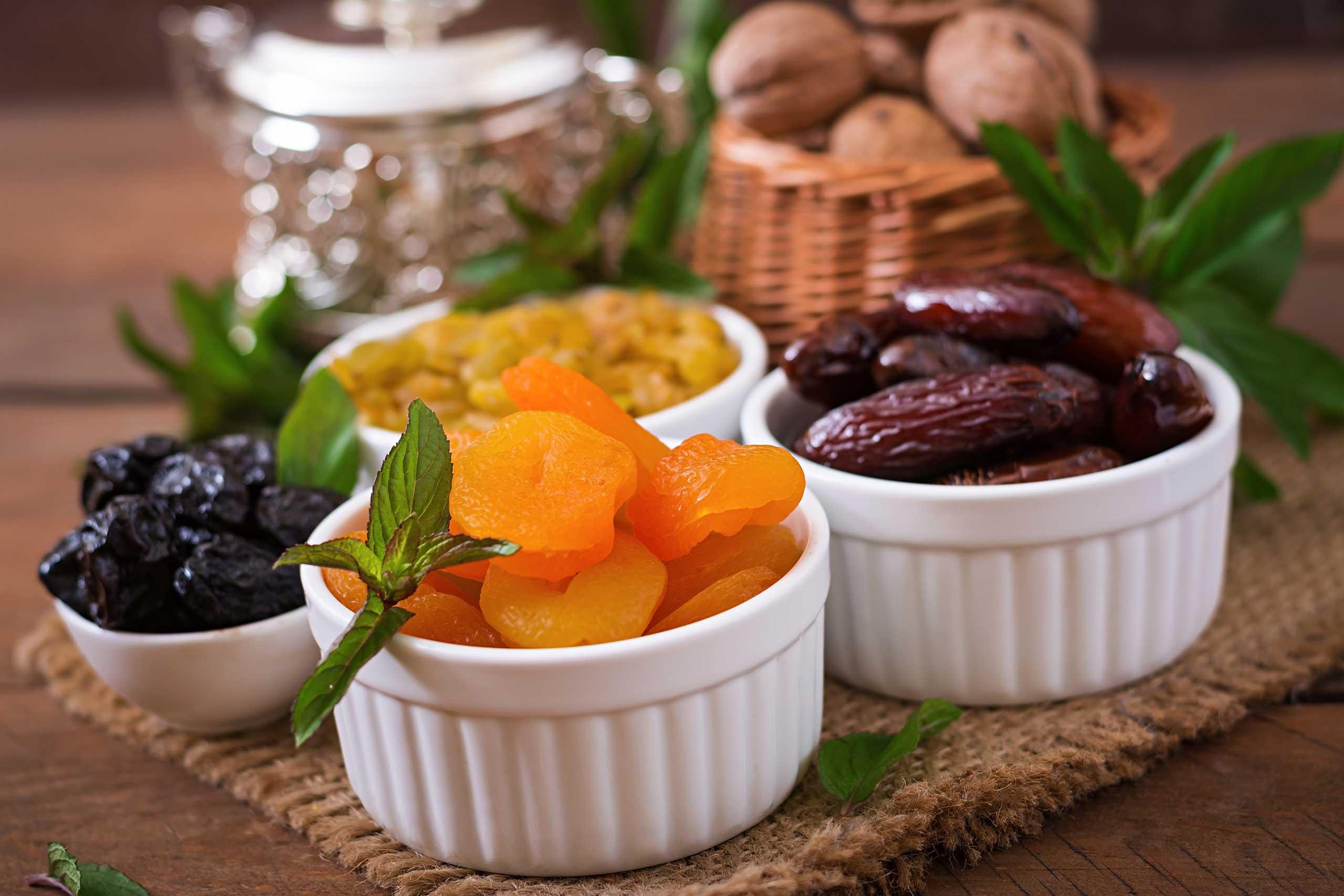 mix-dried-fruits-date-palm-fruits-ramazan